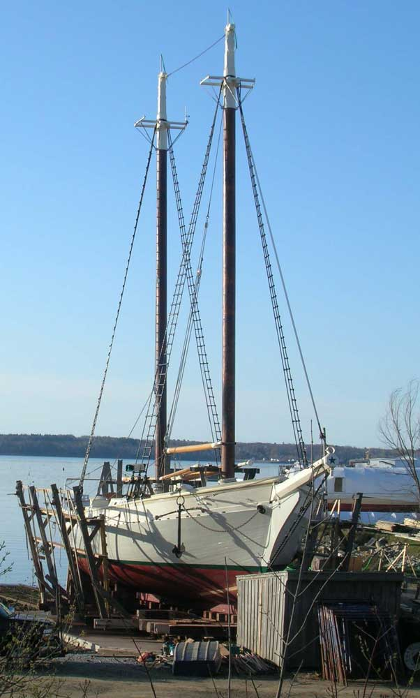 maine windjammer, wooden boat maintenance, signs of spring, windjammer cruises,