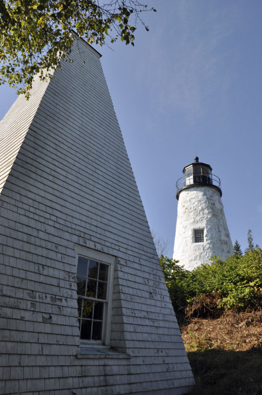 lighthouse tours, windjammer cruises, Maine sailing vacations